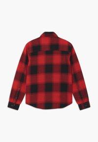 Calvin Klein Jeans - WINTER CHECK - Shirt - black/red - 1