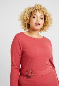Glamorous Curve - BELTED LONG SLEEVE DRESS - Shift dress - dusty raspberry - 3