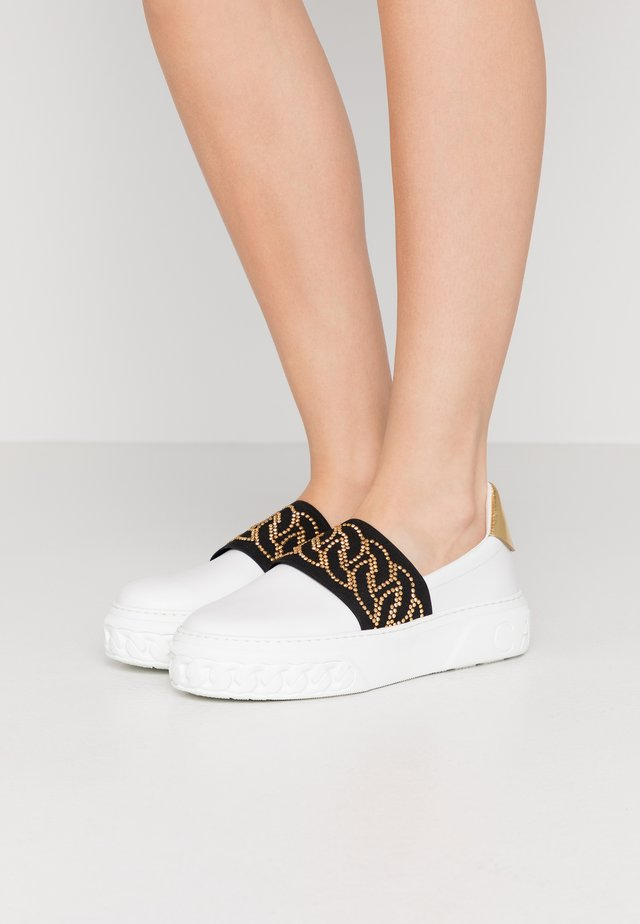 Slippers - nero/oro/bianco