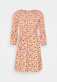 Glamorous - SMOCKED BUBBLE SLEEVE MINI DRESSES WITH ROUND NECK - Denní šaty - peach ditsy - 3