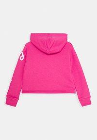 Converse - CHUCK PATCH CROPPED HOODIE - Felpa con cappuccio - pink - 1