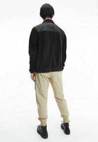 Calvin Klein Jeans - Fleece jacket - black - 2