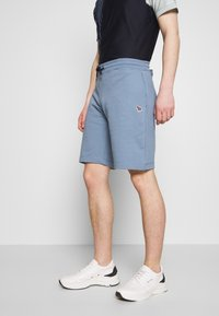 PS Paul Smith - MENS REG FIT - Shorts - light blue - 0