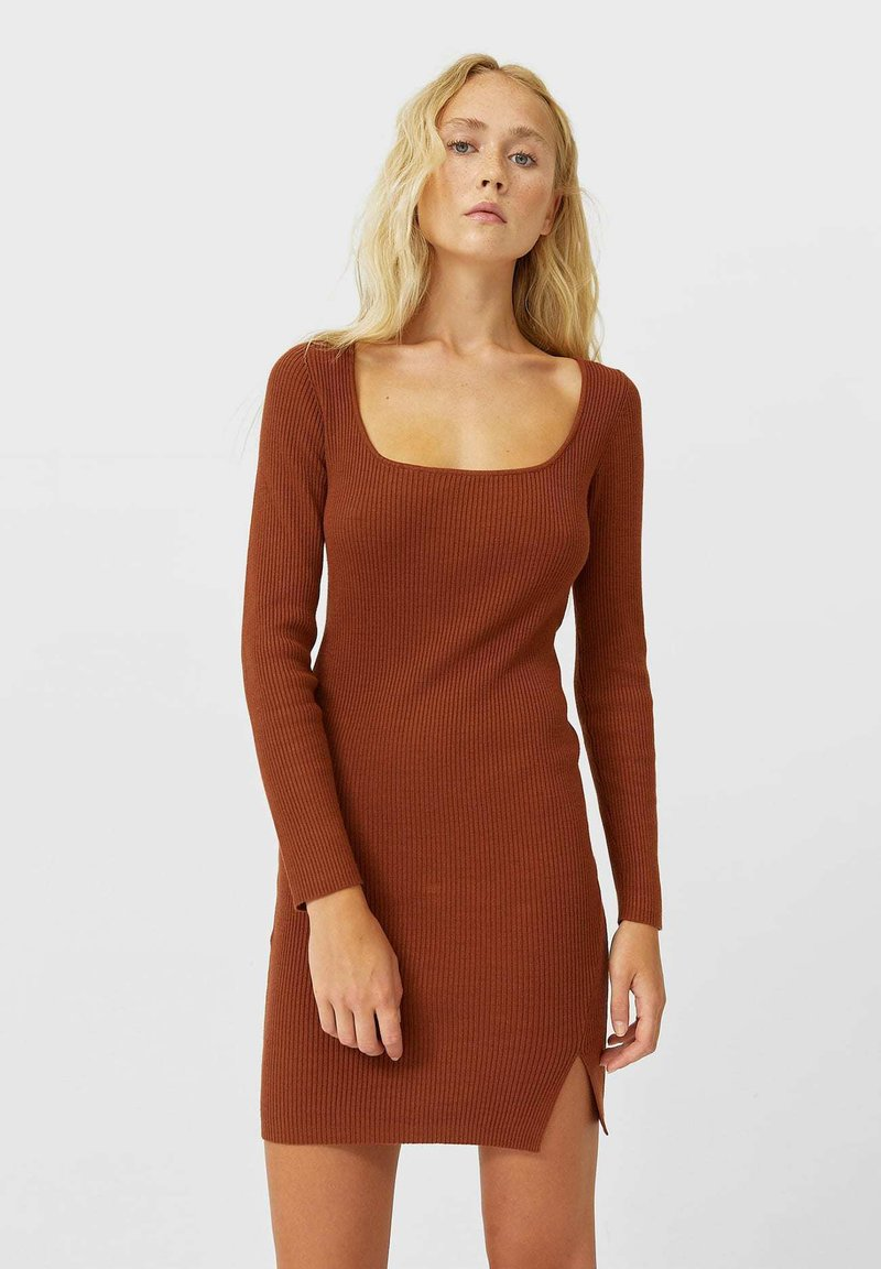 Stradivarius - Shift dress - brown