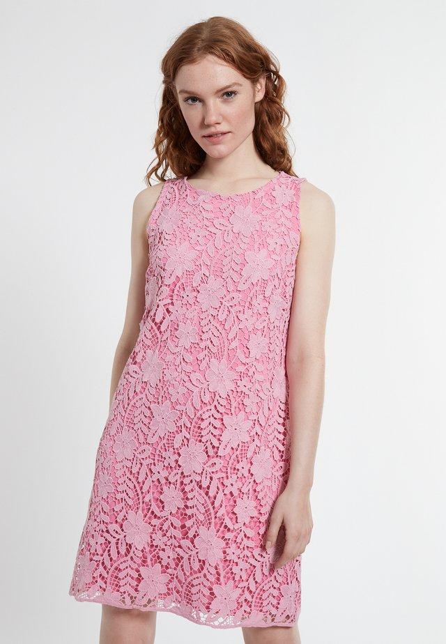DABORY - Korte jurk - rosa