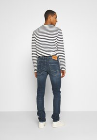 Replay - GROVER - Straight leg jeans - dark-blue denim - 2