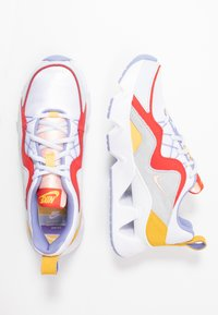 Nike Sportswear - NIKE RYZ 365 RF - Trainers - white/washed coral/track red/topaz gold/football grey/light thistle - 3