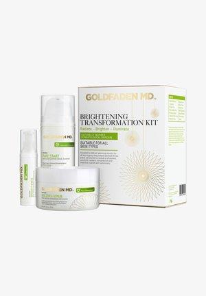 BRIGHTENING TRANSFORMATION KIT - Face cream - -