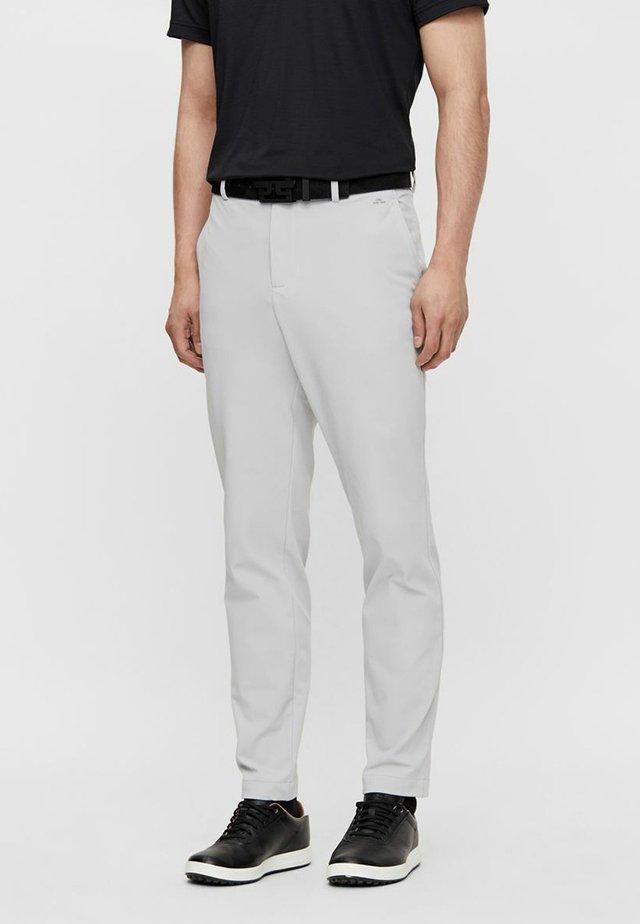 AXIL FLEECE TWILL - Pantalon classique - stone grey
