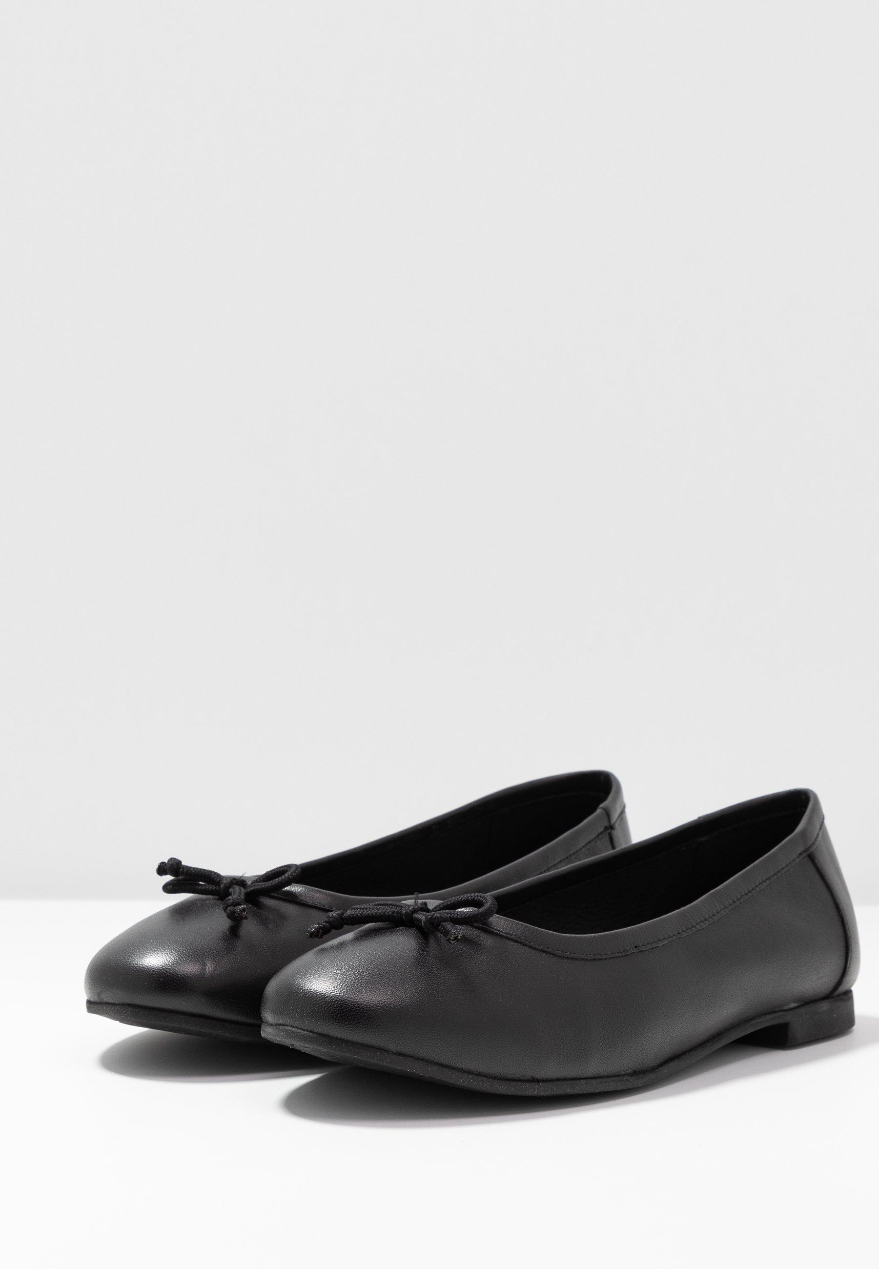 WIDE FIT Ballerina black