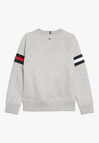 Tommy Hilfiger - ESSENTIAL FLAG CREW - Sweatshirts - grey - 1