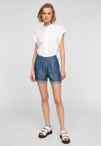 QS by s.Oliver - Jeansshort - medium blue - 1