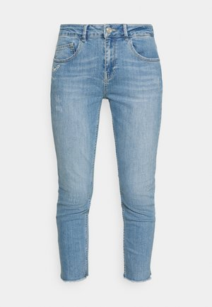 BRADFORD LETTER JEANS - Slim fit jeans - light blue