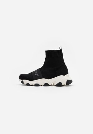 SIBAY - High-top trainers - black
