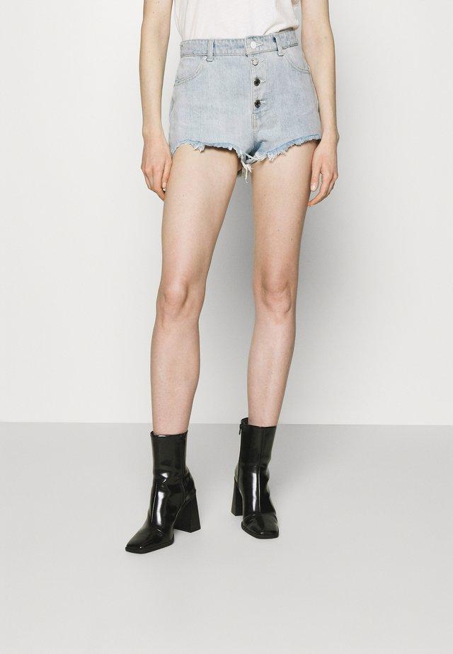 ALEXIA - Szorty jeansowe - piky