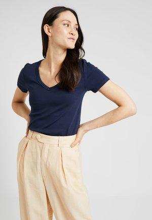 TEE - Basic T-shirt - true indigo