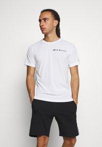 Champion - CREWNECK - Print T-shirt - white - 0