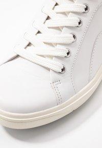 Jana - Casual lace-ups - white - 2