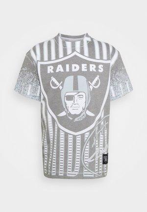 NFL OAKLAND RAIDERS NFL JUMBOTRON SUBLIMATED TEE - Squadra - light grey/white