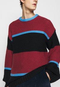 Paul Smith - GENTS CREW NECK - Jumper - dark red/black/blue - 7