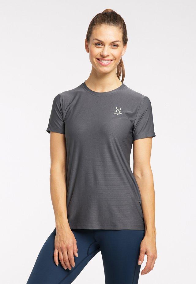 Basic T-shirt - magnetite
