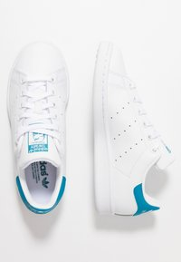 adidas Originals - STAN SMITH STREETWEAR-STYLE SHOES - Sneakers basse - footwear white/active teal - 1