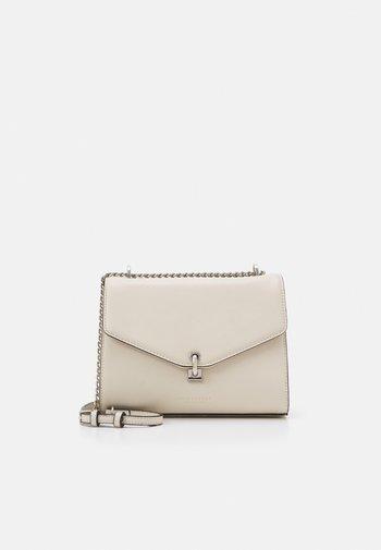KISA - Across body bag - beige