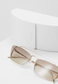Prada - Sonnenbrille - pale gold - 2