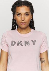 DKNY - TRACK LOGO - Print T-shirt - rosewater - 4