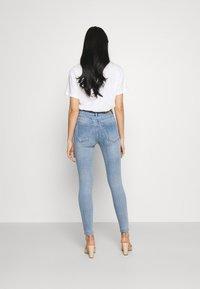 Vero Moda - VMSOPHIA - Jeans Skinny Fit - light blue denim - 2