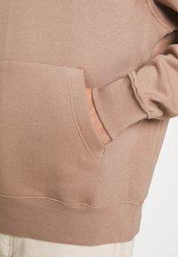 Nike Sportswear - CLUB HOODIE - Felpa - desert dust - 5