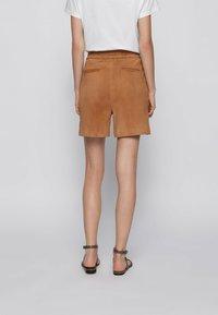 BOSS - SIRIDA - Shorts - beige - 2