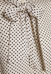 More & More - BLOUSE SLEEVE - Button-down blouse - powder creme - 2