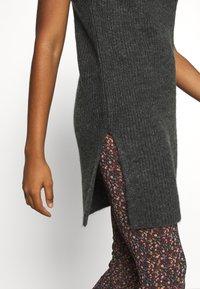 ONLY - ONLCORA - Jumper dress - gardenia - 5