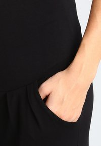 Dorothy Perkins Maternity - SOFT OVER BUMP - Trainingsbroek - black - 3