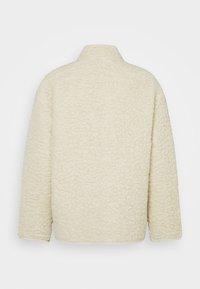 Weekday - CHEN PILE JACKET UNISEX - Winter jacket - beige - 8