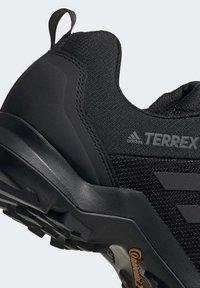 adidas Performance - TERREX AX3 HIKING SHOES - Hikingsko - black - 8