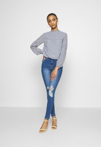 Forever New - BUTTON DOWN  WITH TRIM DETAIL - Body - silver dusk - 1