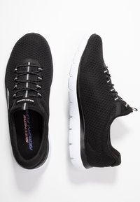 Skechers Sport - SUMMITS - Instappers - black/white - 3