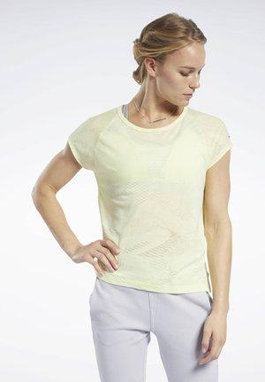 BURNOUT TEE - Basic T-shirt - yellow