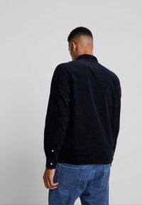 Weekday - WISE - Shirt - navy - 2