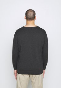 TOM TAILOR MEN PLUS - Jumper - black grey melange - 3