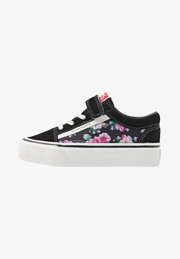 MACK  - Tenisky - black/pink flower