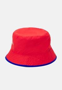 The North Face - SUN STASH HAT UNISEX - Hat - horizon red/blue - 2