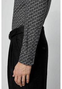 BOSS - RONNI - Shirt - black - 4