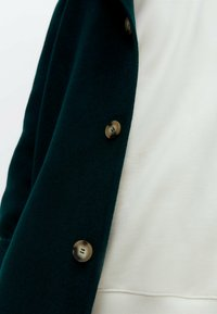 Uterqüe - Classic coat - green - 5