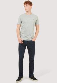 Timberland - BASIC SLIM TEE 3 PACK - Basic T-shirt - grey/white/black - 1