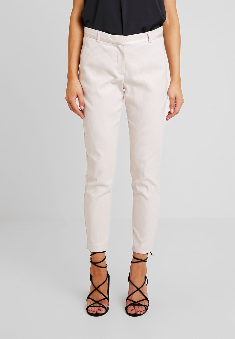 Fiveunits - KYLIE CROP - Trousers - bright sky