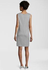 Cinque - KLEID CIELISEA - Day dress - light grey - 2