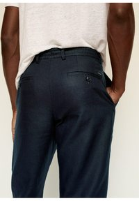 Mango - Trousers - dunkles marineblau - 5